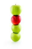 Pila di mele verdi e rosse Fotografia Stock