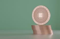 Pila di monete di rame come esempio per tecnologia cripto virtuale di valuta, del bitcoin e del blockchain illustrazione di stock