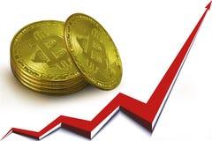 Pila di monete di oro dei bitcoins, una freccia rossa del grafico che va su Immagini Stock Libere da Diritti
