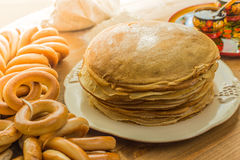 Pila di pancake sottili Immagine Stock