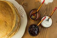 Pila di pancake sottili Fotografie Stock