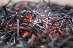 Pila di partite bruciate Fotografie Stock Libere da Diritti