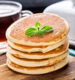 Pila di piccoli pancake Fotografia Stock