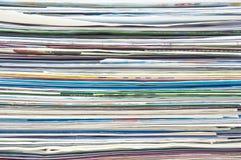 Pila di ricevuta della fattura di imposta e di dichiarazione di credito Immagine Stock
