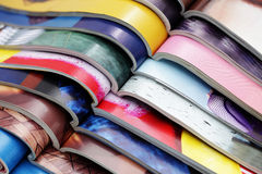 Pila di riviste Fotografie Stock
