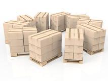 Pila di scatole di cartone sul pallet di legno Immagine Stock Libera da Diritti