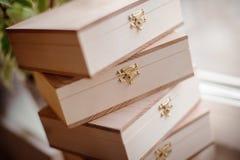 Pila di scatole di legno Fotografia Stock