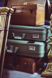 Pila di valigie d'annata Fotografia Stock