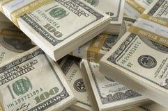 Pila di valuta degli Stati Uniti Fotografie Stock Libere da Diritti