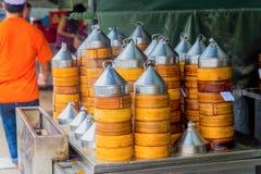 Pila di vapori di bambù del riso fotografia stock libera da diritti