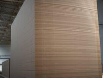 Pila grande de tableros del MDF Panel de fibras de madera medio de la densidad fotos de archivo
