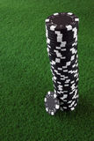 Pila negra de virutas de póker Imagen de archivo