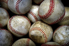 Pila o pila de béisboles para jugar a juegos Imágenes de archivo libres de regalías