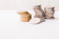 Pila tailandese delle monete Immagini Stock