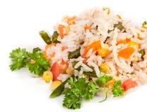 Pilaf mit Reis und Grüns lizenzfreie stockfotografie
