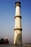 Pilar de mármol blanco de Taj Mahal imágenes de archivo libres de regalías