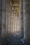 Pilares en el Vatican imágenes de archivo libres de regalías