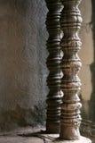 Pilares tallados del templo Fotos de archivo