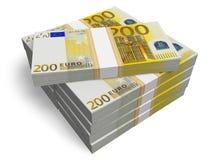 Pilas de 200 billetes de banco euro Fotografía de archivo libre de regalías