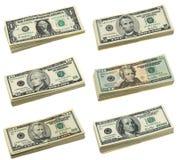 Pilas de cuentas de dólar americano Fotos de archivo libres de regalías