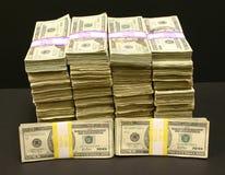 Pilas de dinero Fotografía de archivo
