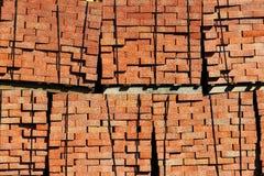 Pilas de ladrillos rojos imágenes de archivo libres de regalías