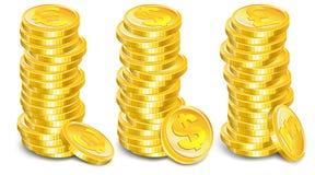 Pilas de las monedas de oro Fotos de archivo