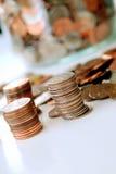 Pilas de monedas americanas Foto de archivo