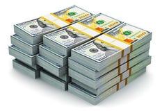 Pilas de nuevos 100 billetes de banco del dólar de EE Foto de archivo