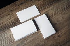 Pilas de tarjetas de visita Imagenes de archivo