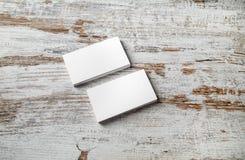 Pilas de tarjetas de visita en blanco Fotos de archivo libres de regalías