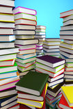 Pilas grandes de los libros 3d Imagen de archivo libre de regalías