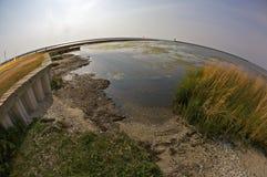Pilastri rotti sulla spiaggia di Biloxi fotografie stock