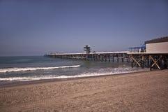 Pilastro alla spiaggia del San Clemente fotografia stock libera da diritti