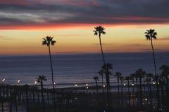 Pilastro California di riva dell'oceano di tramonto Fotografia Stock