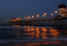 Pilastro della Huntington Beach ad alba Fotografie Stock Libere da Diritti