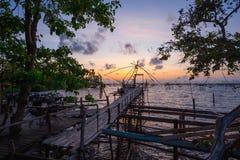 Pilastro di legno in Tailandia Immagine Stock