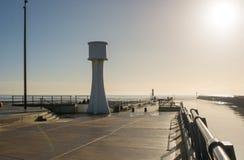 Pilastro di Littlehampton e faro, Sussex, Inghilterra Fotografia Stock