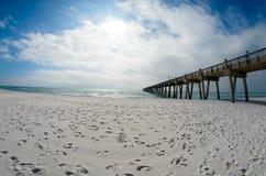 Pilastro di pesca della spiaggia di Pensacola Immagine Stock