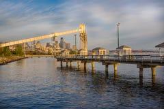 Pilastro di pesca di Seattle al tramonto fotografie stock libere da diritti