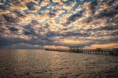 Pilastro di pesca di lago immagini stock libere da diritti