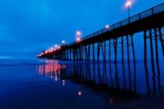 Pilastro di riva dell'oceano Fotografia Stock