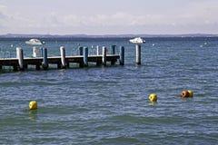 Pilastro nel lago garda, Italia Fotografia Stock Libera da Diritti
