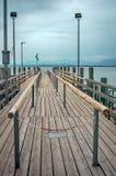 Pilastro per le navi passeggeri nel lago Chiemsee immagini stock