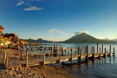 Pilastro sul lago Atitlan Fotografia Stock Libera da Diritti