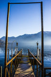 Pilastro sul lago lugano Fotografie Stock