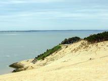 Pilat沙丘du皮拉村-最高的沙丘沙丘在欧洲,大西洋,阿卡雄湾,阿基旃,法国 免版税库存照片
