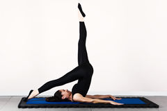 Pilates de gymnastique Photographie stock libre de droits