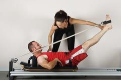 Pilates de gymnastique photographie stock libre de droits