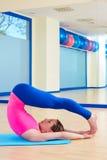 Pilates kobiety kontrola równowagi ćwiczenia trening Zdjęcie Stock